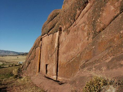 02-The-mysterious-Gate-of-the-Gods-at-Hayu-Marca-Peru